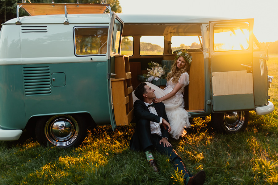sesja ślubna z busikiem