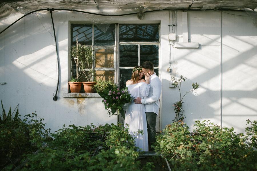 fotrograf sesja ślubna w szklarni