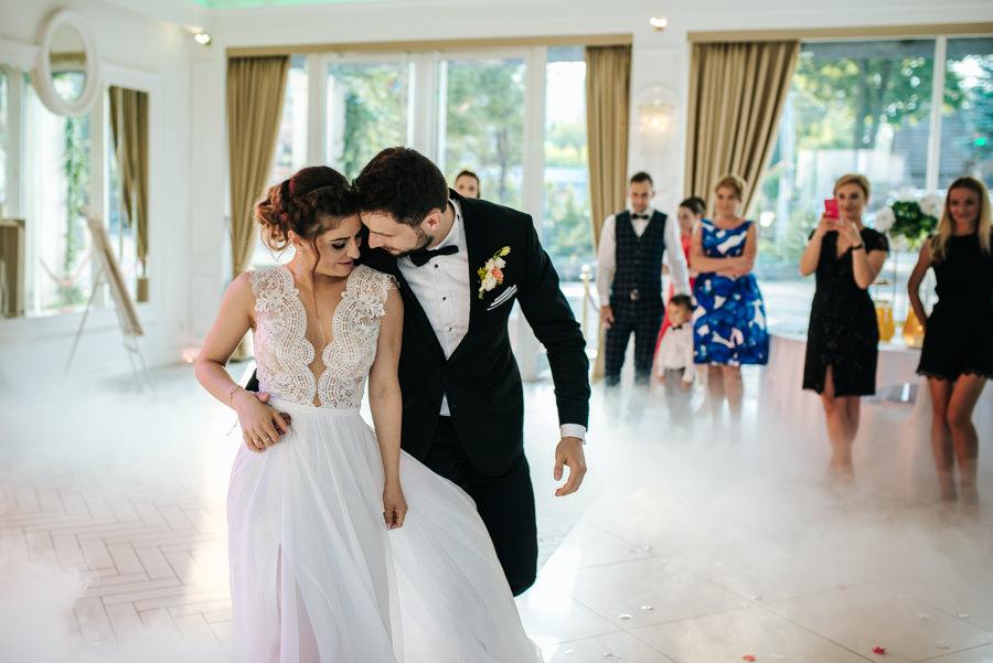 fotograf ślubny pierwszy taniec