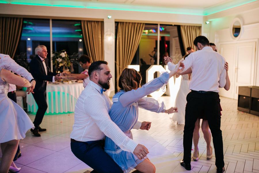 fotograf ślubny zabawa
