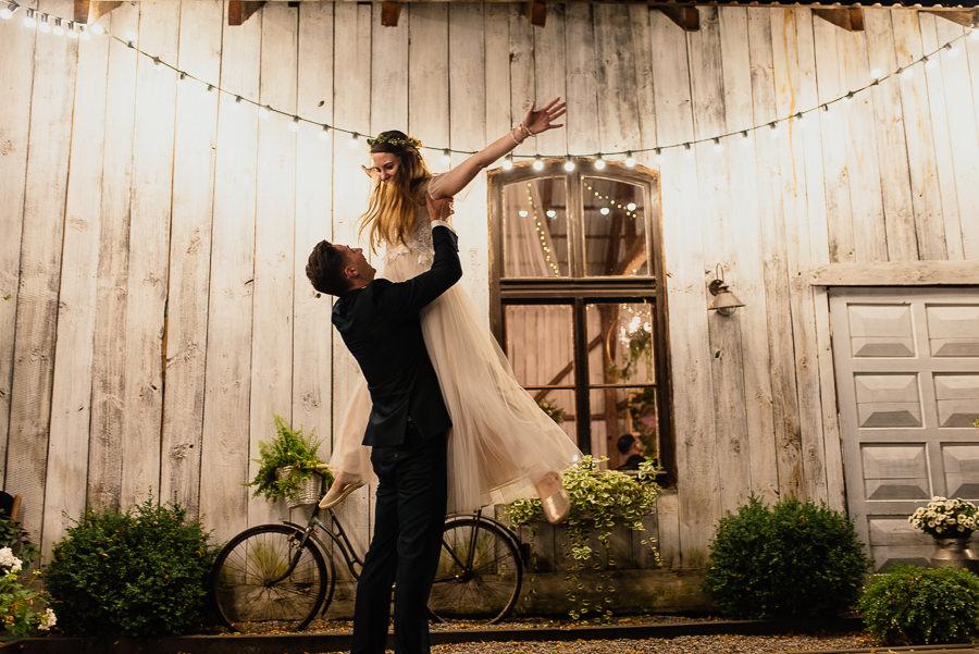 wesele w stodole pod kasztanami